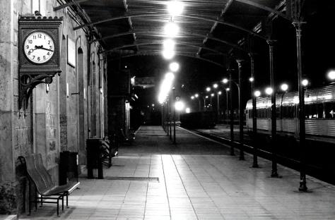 viajes- estación- articulo- reloj- tren- vagón -nina peña - libros mas vendidos recomendados en castellano- descargar-