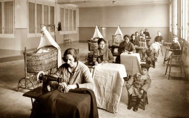 mujeres-trabajando-durante-la-revolucion-industrial