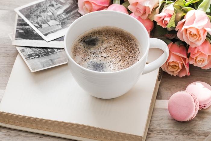 cafe - rosas - libro - fotos . cake